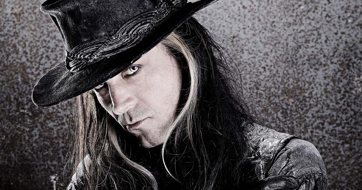 Entrevista con Carl McCoy 'Fields of the Nephilim'