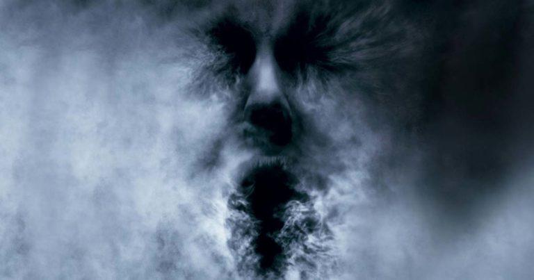 Terror en la niebla, Rupert Wainwright (2005)