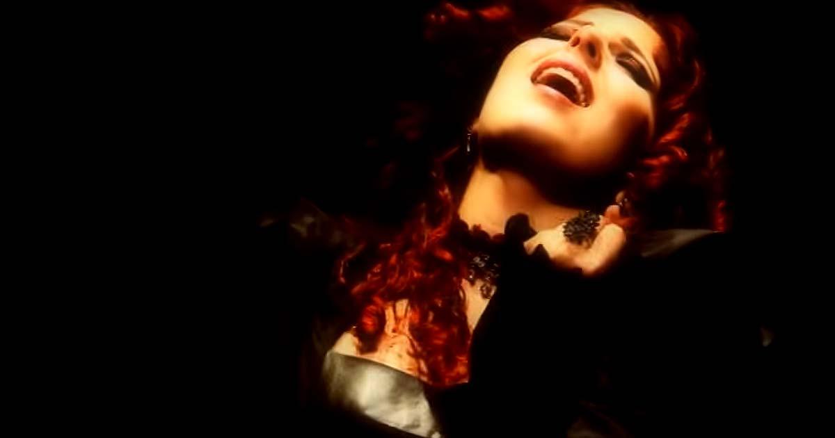 Nuevo vídeo de Stream of Passion, 'In the end'