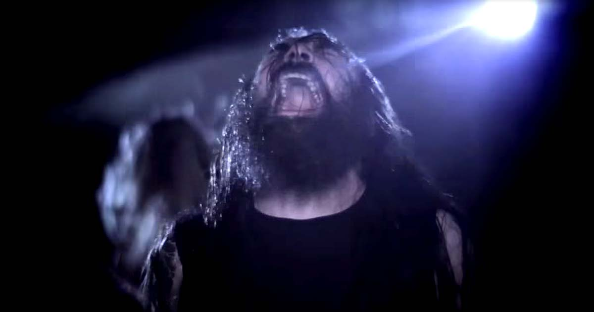 Skeletonwitch y el vídeo de 'Submit to the suffering'