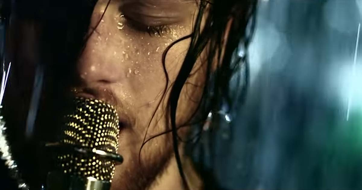 Asking Alexandria y el vídeo de 'A prophecy'