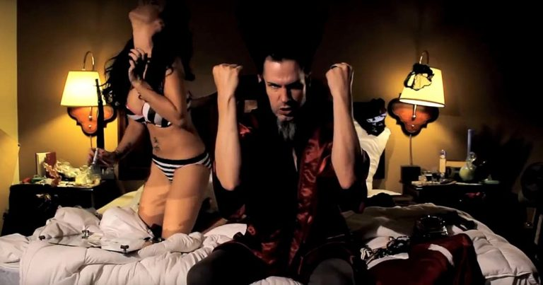 Wayne Static y el vídeo de 'Assassins of youth'