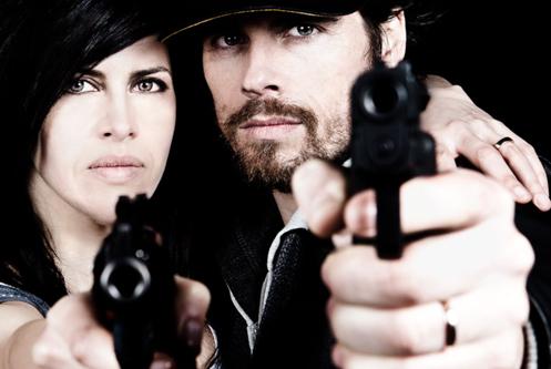 Trailer oficial del corto 'Mr. Smith & Mrs. Wesson'