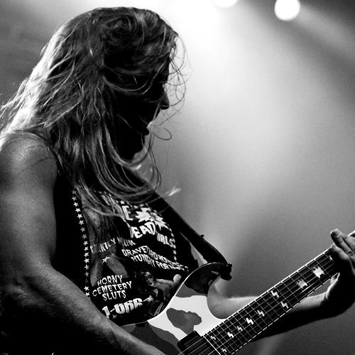 Fallece Jeff Hanneman, guitarrista de Slayer