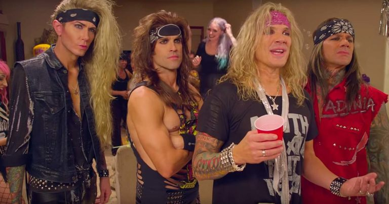 Steel Panther y el vídeo de 'Party like tomorrow is the end...' (Uncensored)