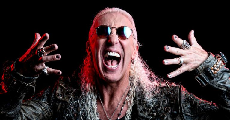Dee Snider, Shut Up and Give Me the Mic: A Twisted Memoir