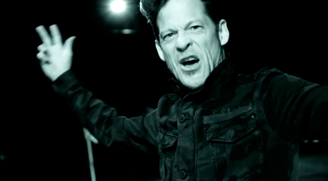 Nuevo vídeo de Newsted, ...As the crow flies