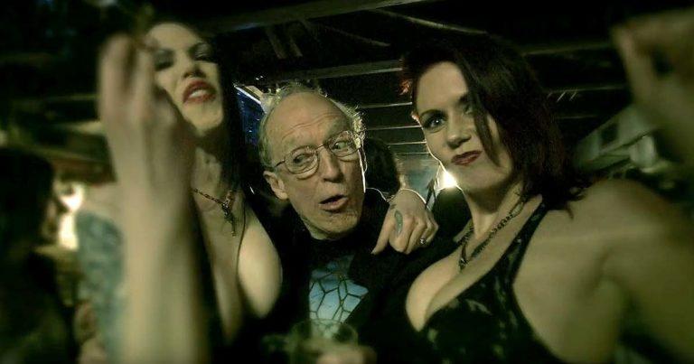 Combichrist y el vídeo de 'Maggots At The Party'