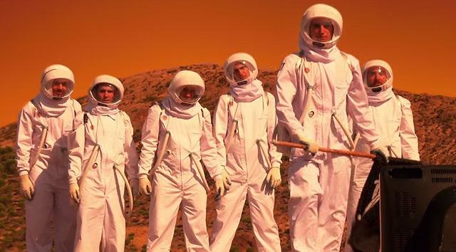 Anima Adversa y el vídeo de 'Monos en el espacio'