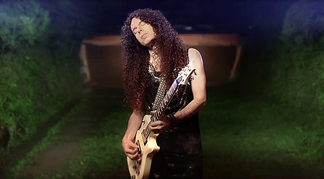 Nuevo vídeo de Marty Friedman 'Undertow'