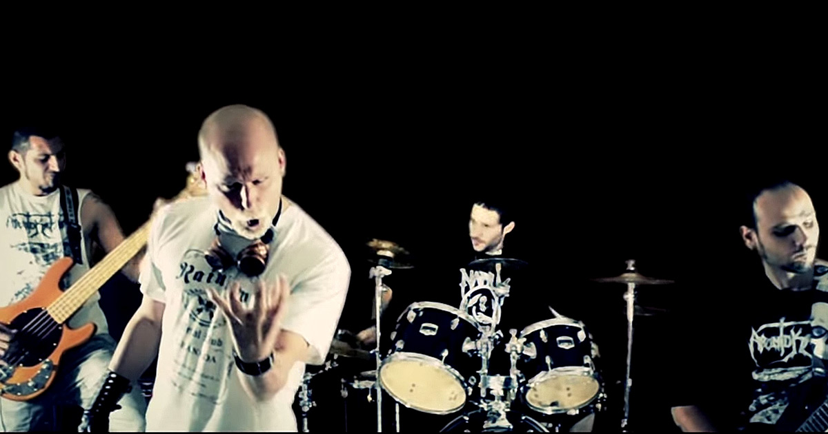 Apontokation y el vídeo de 'Absolution Through The Mayhem'