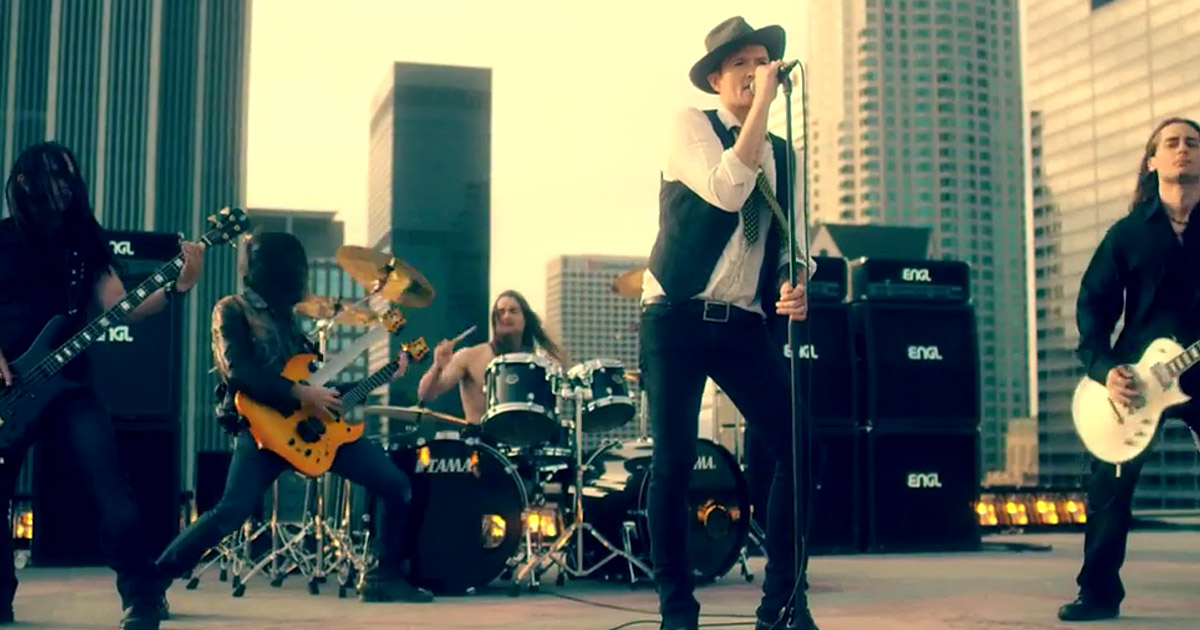 Art of Anarchy y el vídeo de 'Til The Dust Is Gone'