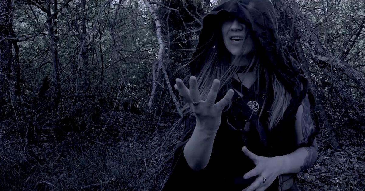 Arkona y el vídeo de 'Zov pustyh dereven'