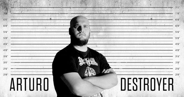 El otro lado del metal (V): Arturo Destoyer
