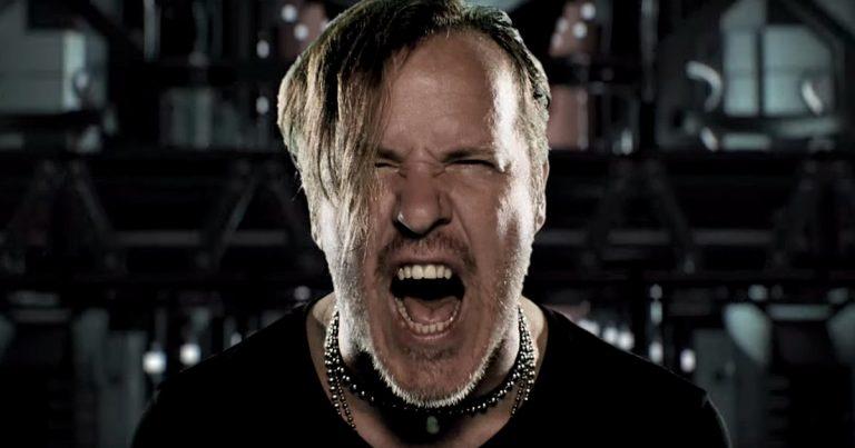 Fear Factory y el vídeo de 'Dielectric'