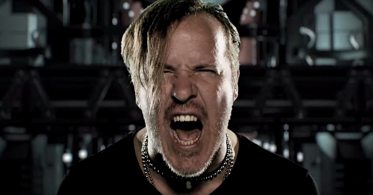 Fear Factory y el vídeo de 'Dielectric'