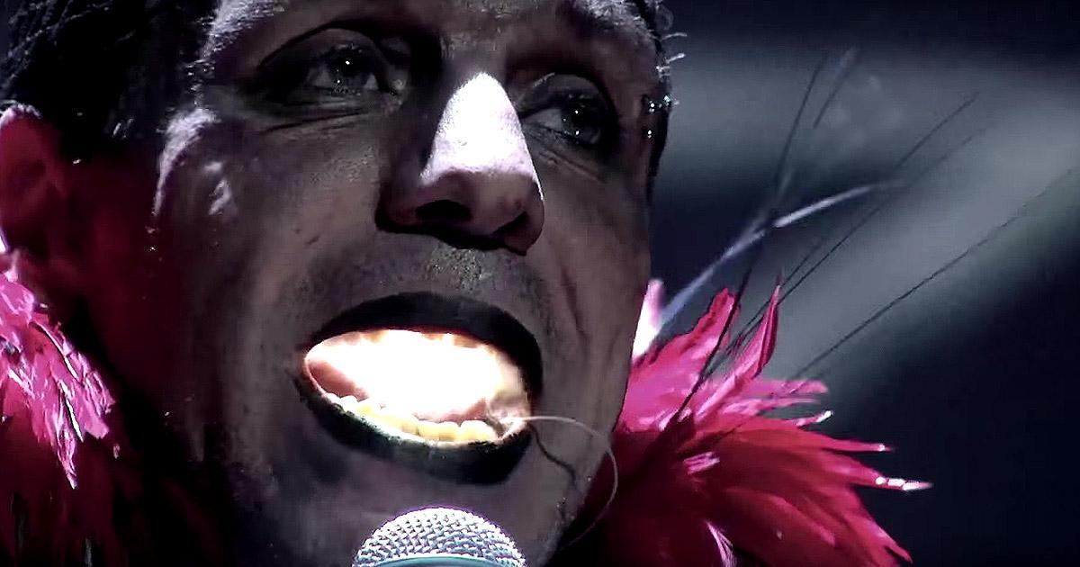 Rammstein suben, por fin, sus videoclips a YouTube y nos vuelan la cabeza con un par de adelantos de su DVD 'Rammstein In Amerika'