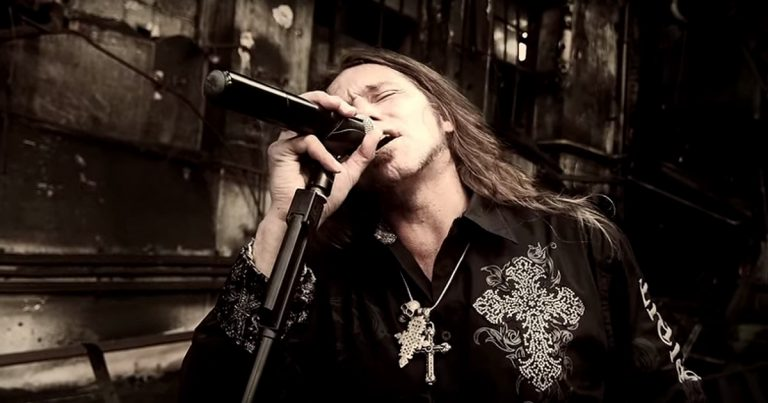 Vanden Plas y el vídeo de 'Stone Roses Edge'