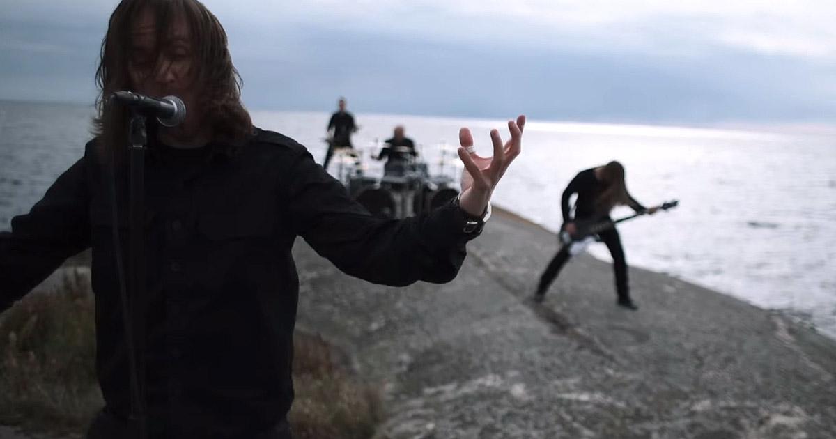 Bloodred Hourglass y el vídeo de 'Valkyrie'