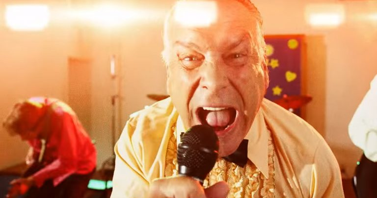 Faith No More y el vídeo de 'Sunny Side Up'