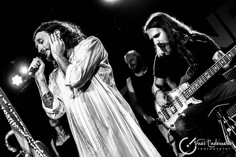 Orphaned Land en acústico en la sala Stage Live (Bilbao)