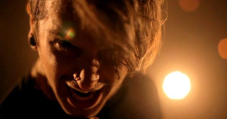 Bury Tomorrow y el vídeo de 'Earthbound'
