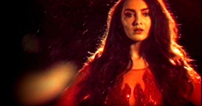 The Darkness y el vídeo de 'I am Santa'