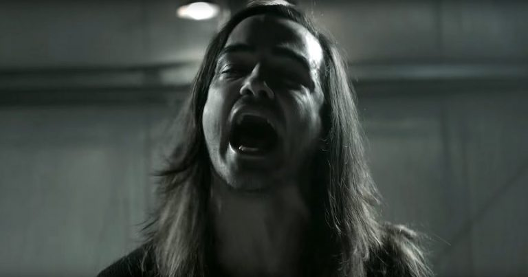 Like Moths To Flames y el vídeo de 'Wither'