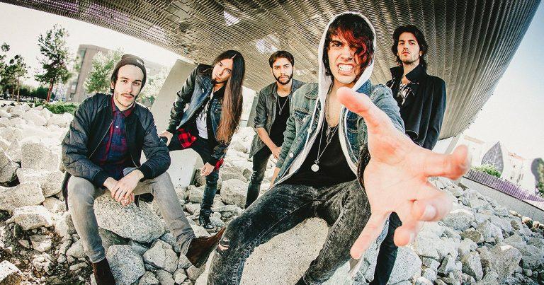 Los madrileños Walking With Wolves debutan con el single 'Shine & Rise'