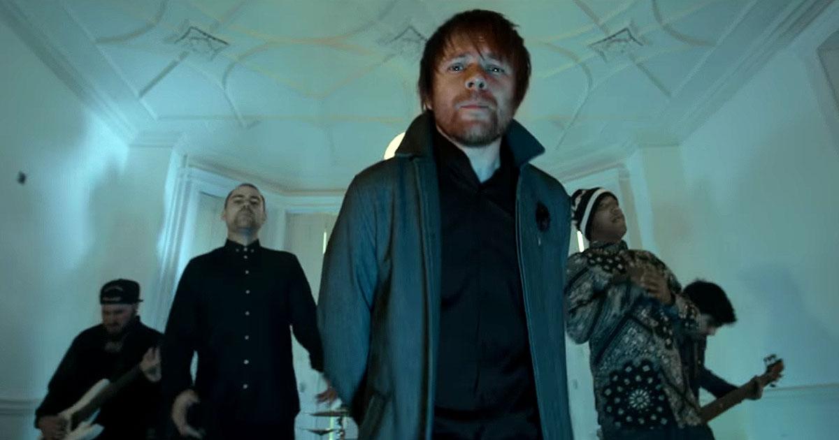 Hacktivist y el vídeo de 'Taken' con Rou Reynolds (Enter Shikari)