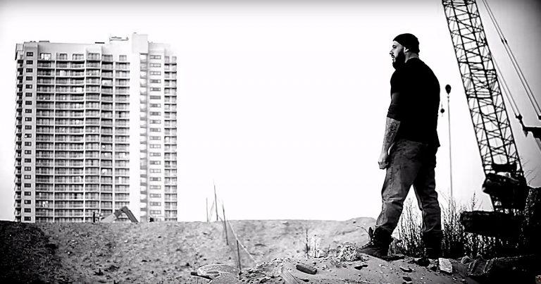 Hammer Fight y el vídeo de 'Gods of Rock n' Roll'