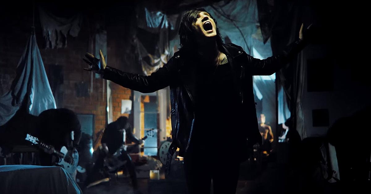 Asking Alexandria y el vídeo de 'Let it Sleep'