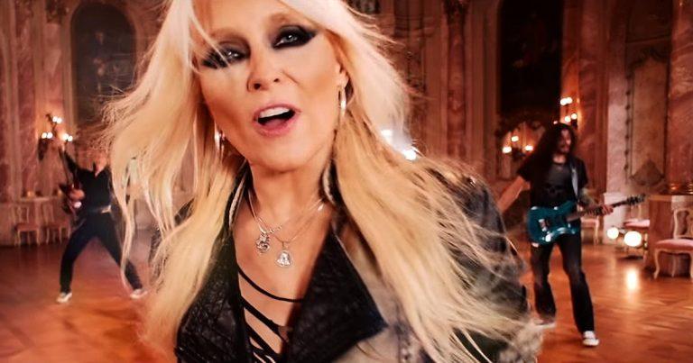 Doro y el vídeo de 'Love's Gone To Hell'