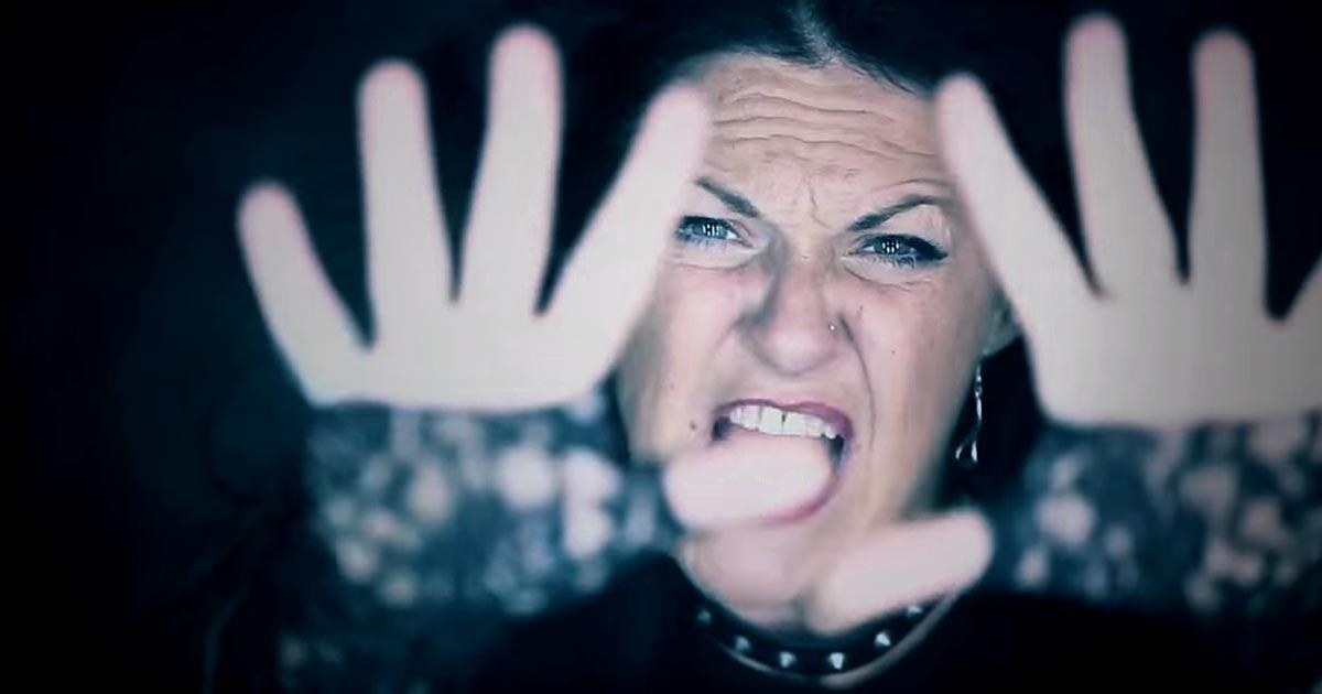 Premiere: Natribu y el vídeo de 'Gritando en Silencio'