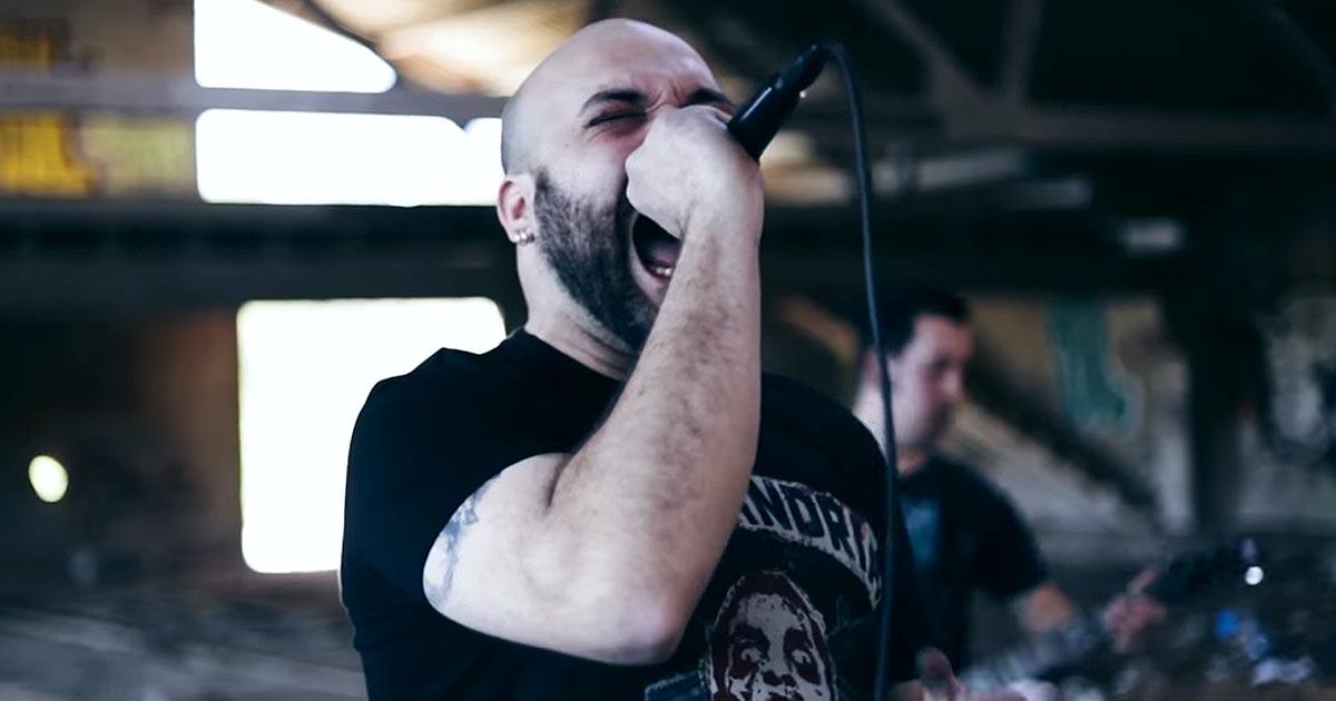 The Burial Chamber y el vídeo de 'Sometimes'