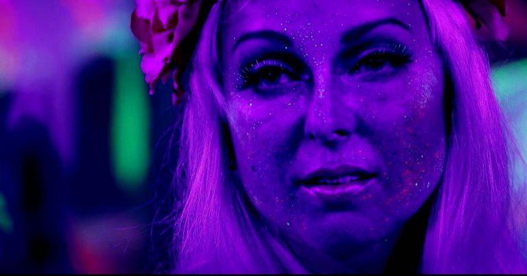 Dark Sarah y el vídeo de 'Little Men'