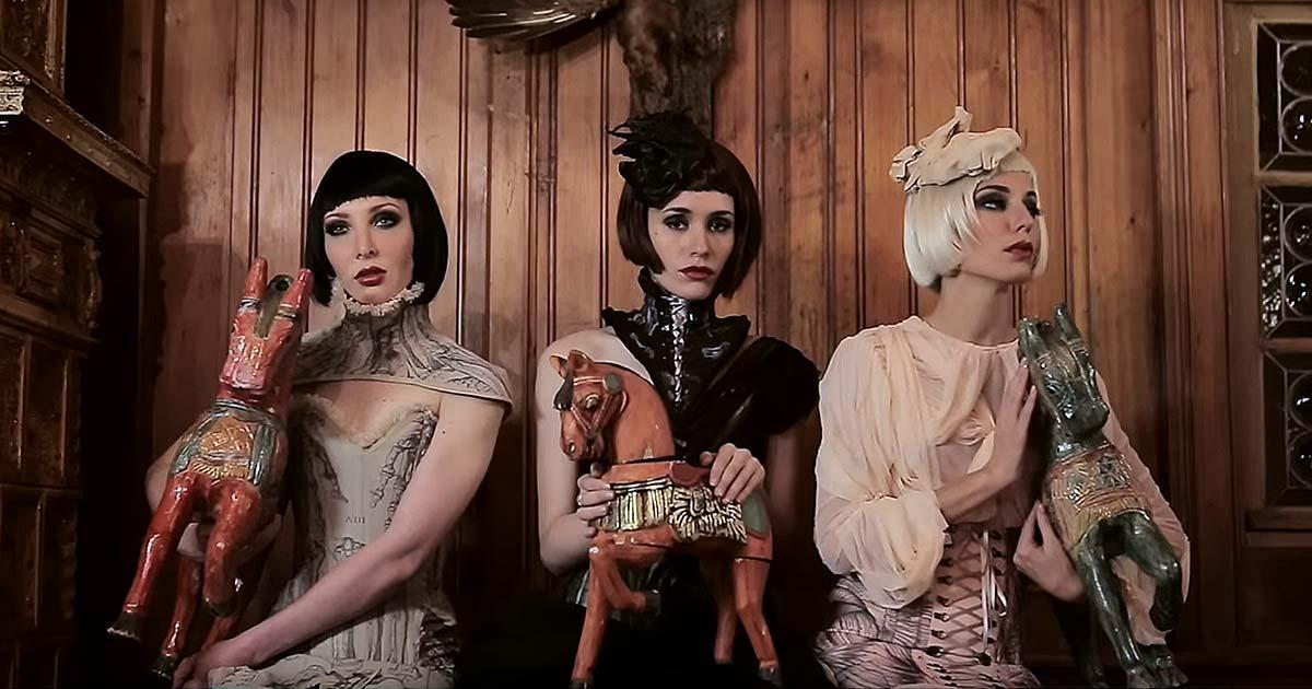 In Strict Confidence y el vídeo de 'Somebody Else's Dream'