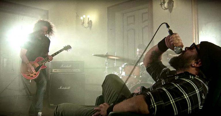 Miss Lava y el vídeo de 'The Silent Ghost of Doom'