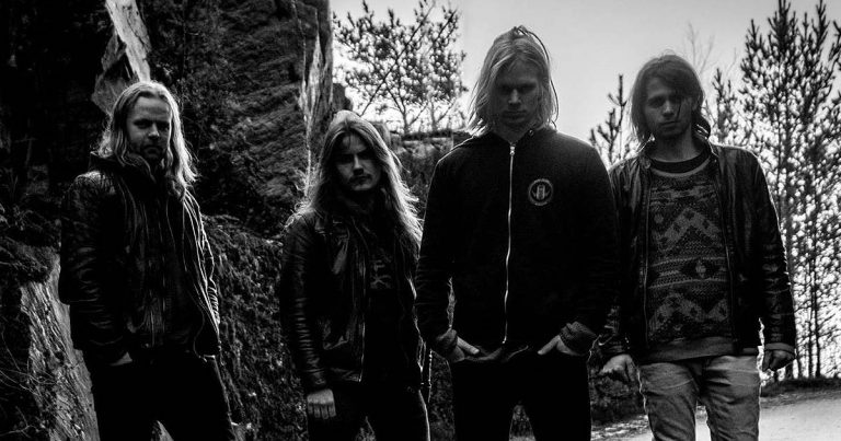 Reptilian comparten 'Perennial Void Traverse' en streaming