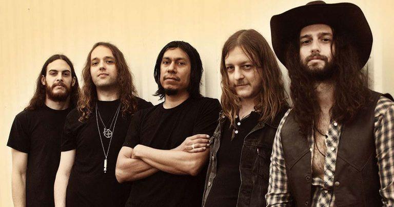 Scorpion Child estrenan 'My Woman In Black' en lyric video