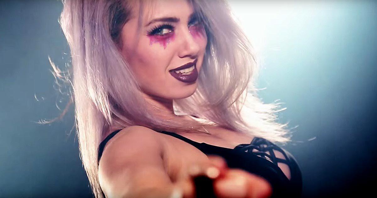 Sumo Cyco y el vídeo de 'Fuel My Fire'