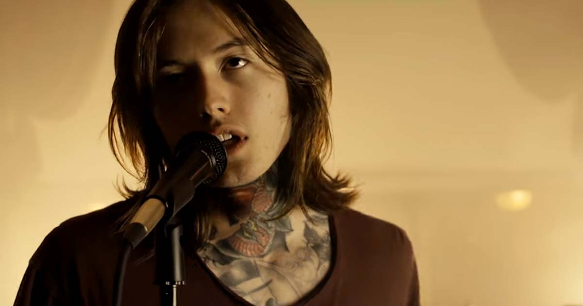 Bad Omens y el vídeo de 'The Worst In Me'