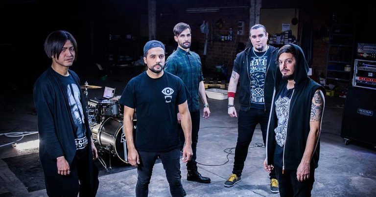 Donuts Hole estrenan 'Lejos del Alba' en lyric video