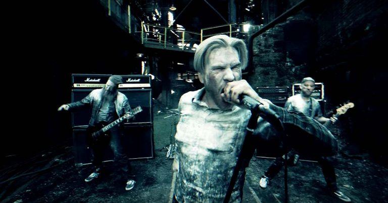 Eternal Sleep y el vídeo de 'Flesh/Blood'