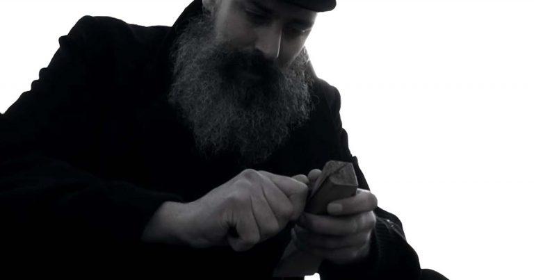 Thränenkind y el vídeo de 'Ghosts'