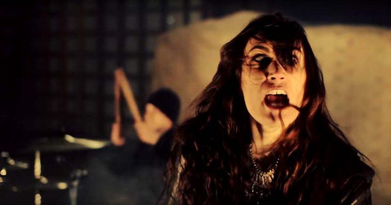 Castle y el vídeo de 'Hammer and the Cross'