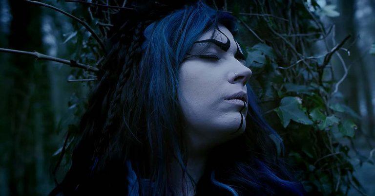 Mother Mooch y el vídeo de 'Hive Mind'