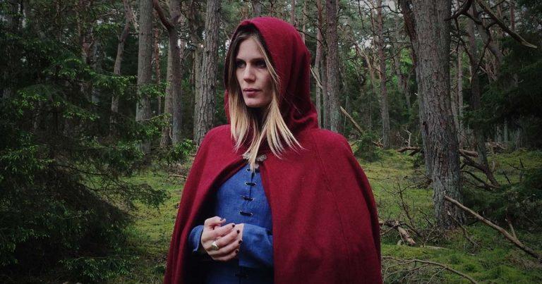 Myrkur presenta su nuevo EP 'Mausoleum'