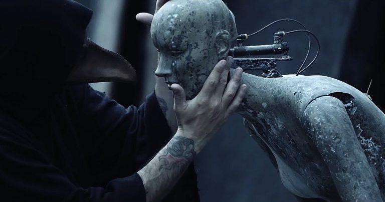 The Browning y el vídeo de 'Pure Evil'