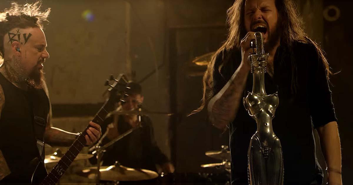 Korn y el vídeo de 'Rotting In Vain'
